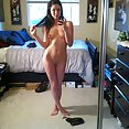 Teen girl used these nude pics to seduce her boy friend - image