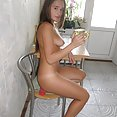 Stunning teen exgf silvia posing naked in the kitchen - image