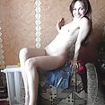 Slim and fit nude Russian ballerina - image