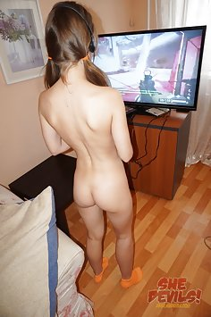 Skinny gamer girl Mia behind the scenes at She Devils webcam show