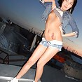 Scary skinny naked and cute Chinese girl - image