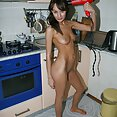 Candid cute shots of catching the GF naked at home - image