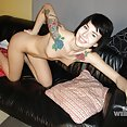 Ultra cute naked and tattooed Goth girl - image